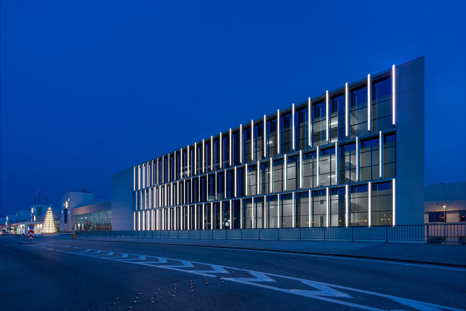 Linea Light Athens International Airport
