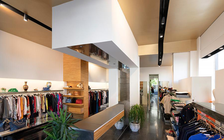 Luce & Light Planet Clothing Store