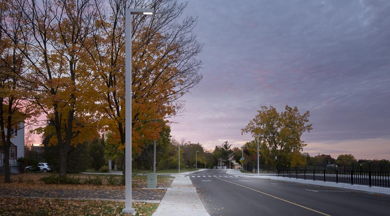 Luminis Montarville Street