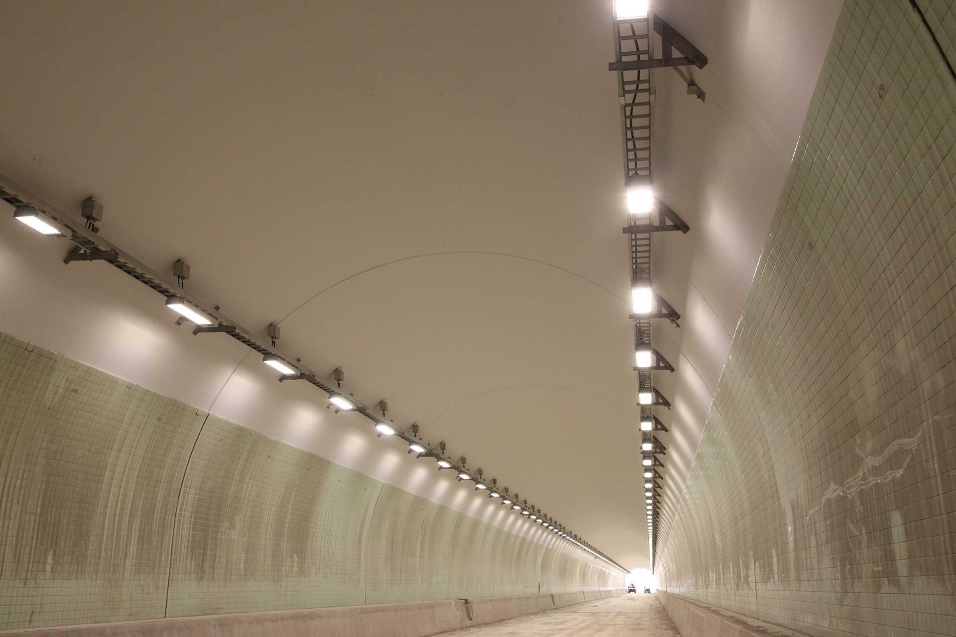Schreder Carlin Tunnel