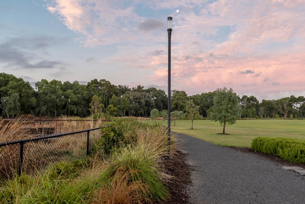 We-ef Lighting Felixstow Reserve